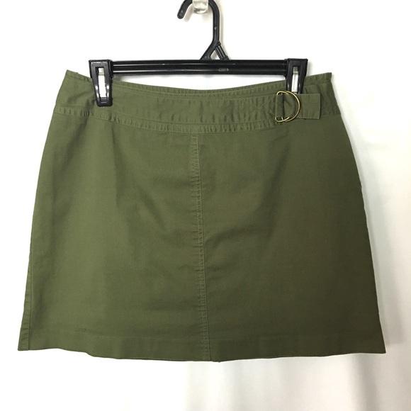 St. John's Bay Dresses & Skirts - St Johns Bay Skort Skirt Sz 8 green